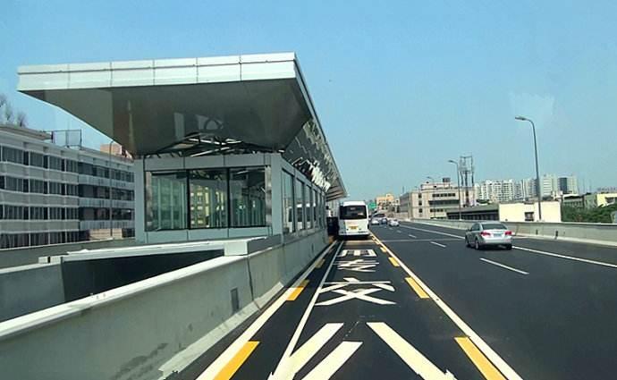 德瑞亚空压机助力城市快速公交系统,节能无止尽
